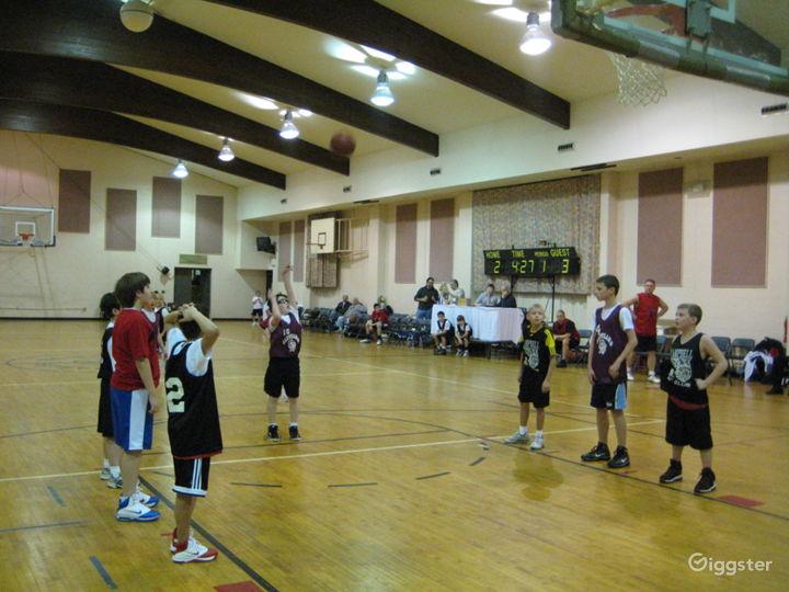 Huge Gymnasium Event Space  Photo 3