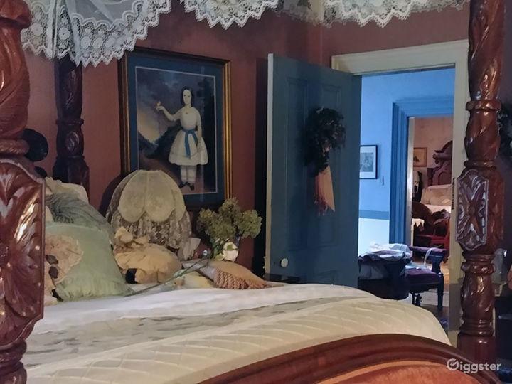 18th Century Luxury Room Photo 2