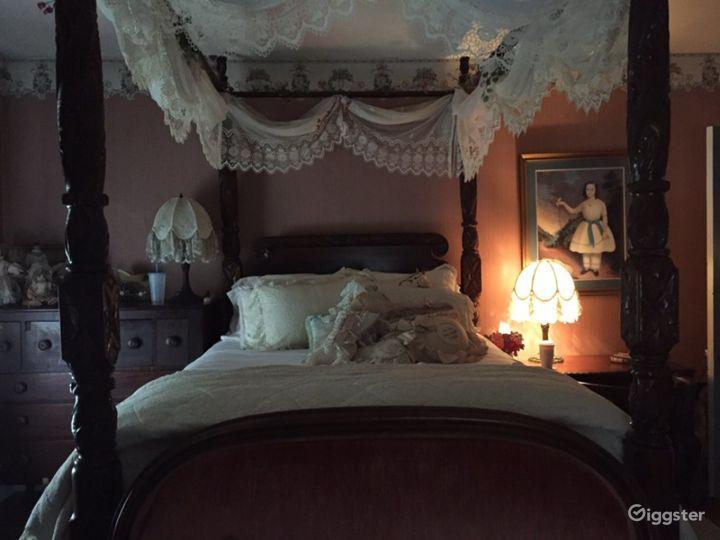 18th Century Luxury Room Photo 5