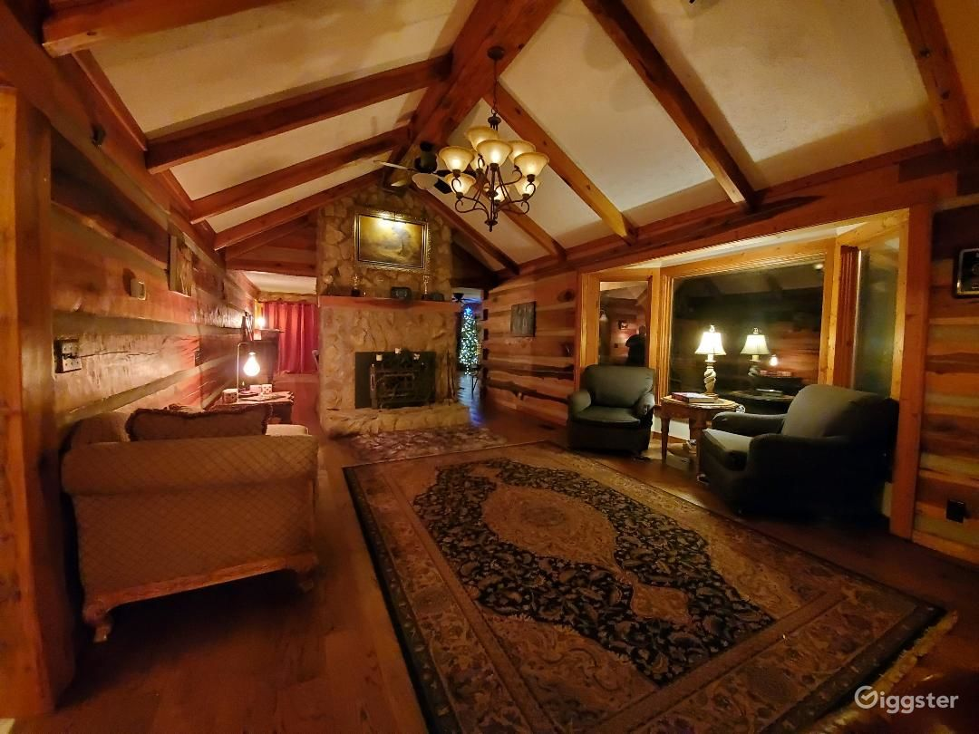 LOG CABIN: Custom Modern Rustic- Producer's Home  Photo 2