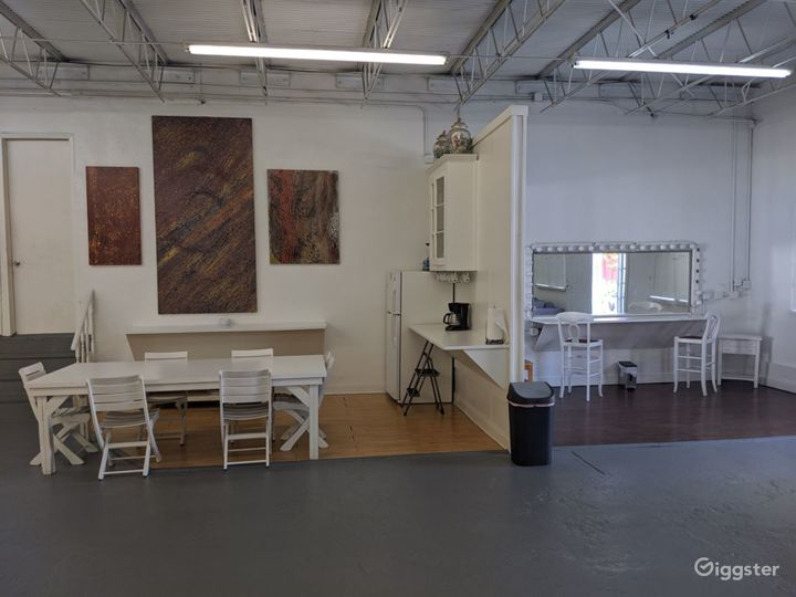 Spacious and Multifunctional Studio with Infinity Cove  in Miami Photo 2