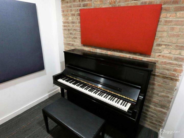 Small Private Studios D/E/F/G/H in NY Photo 2