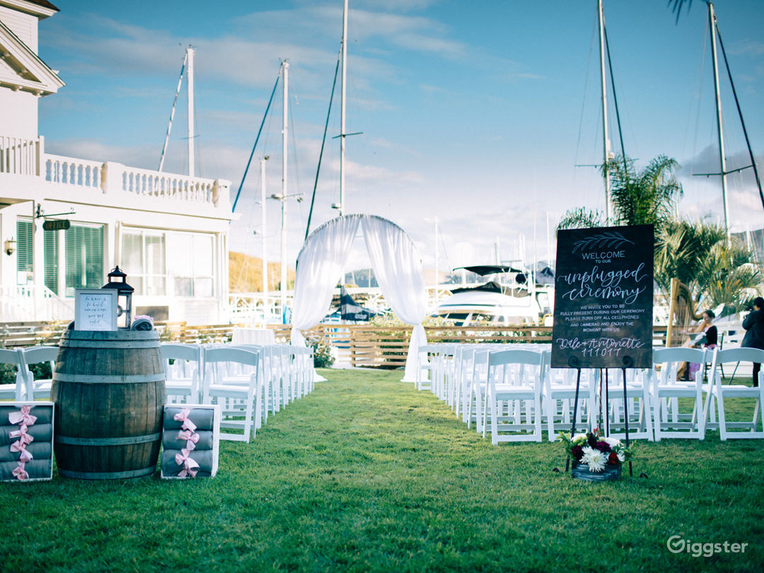 Refreshing Outdoor Venue - West Lawn Photo 1