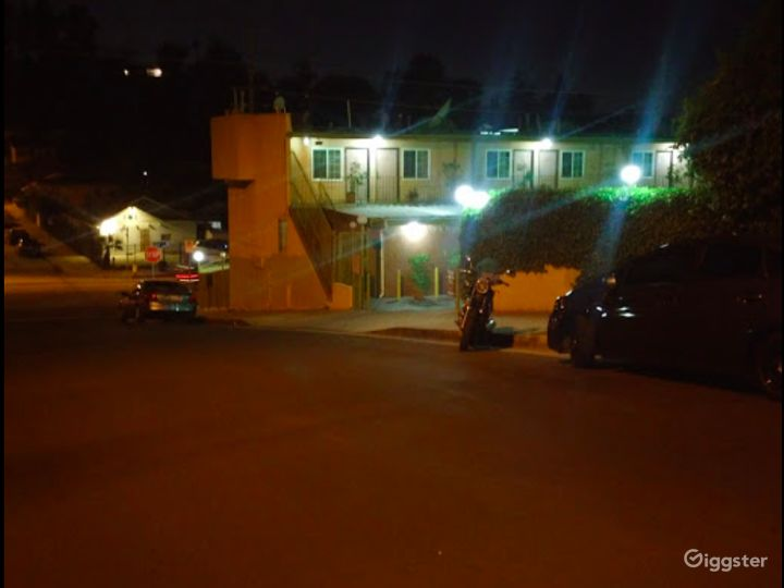 Spacious and Flexible Parking Lot in LA Photo 5
