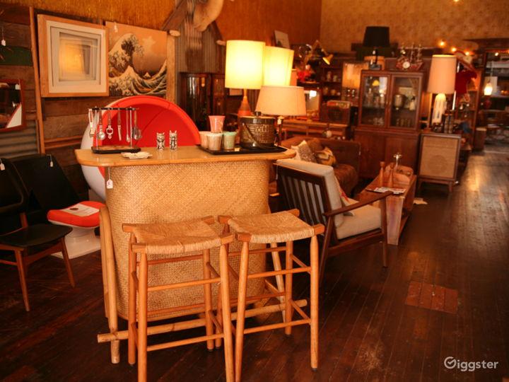 Vintage storefront w/ speakeasy bar in the Mission