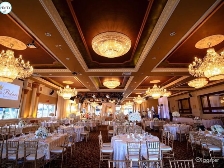 Exquisite Banquet Hall for Your Special Occasion  Photo 2