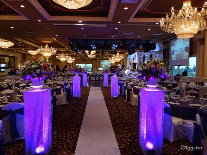 Exquisite Banquet Hall for Your Special Occasion  Photo 3