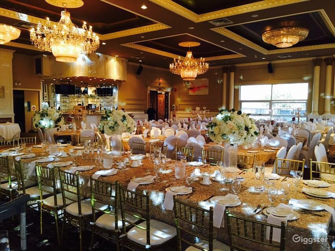 Exquisite Banquet Hall for Your Special Occasion  Photo 1