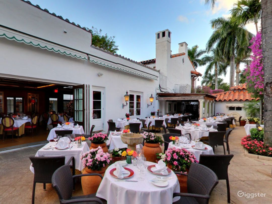 A Rustic Restaurant in Palm Beach - Buyout Photo 1