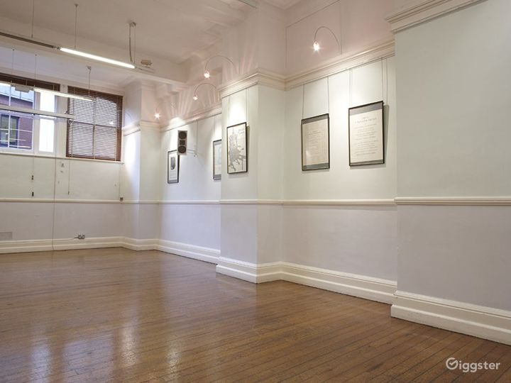 Spacious Event Space in London Photo 5