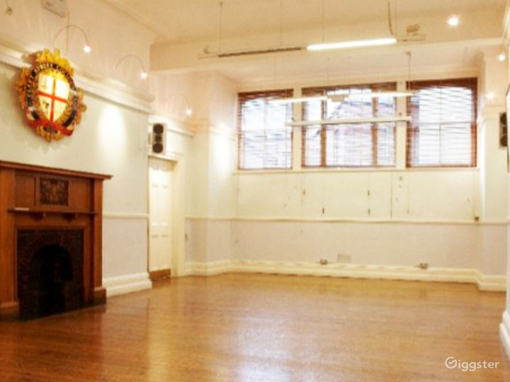 Spacious Event Space in London Photo 2