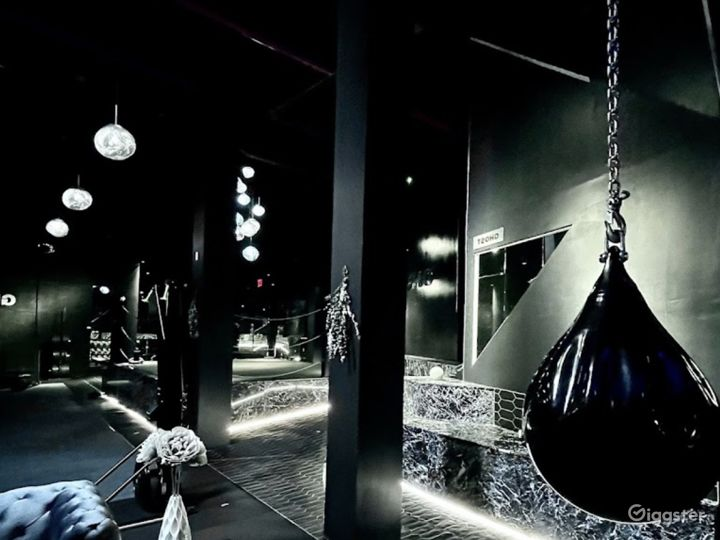 Luxury Gym and Studio with Marble Boxing Ring Photo 5