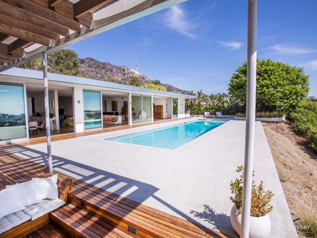Mid Century House located in the Hollywood Hills  Photo 3