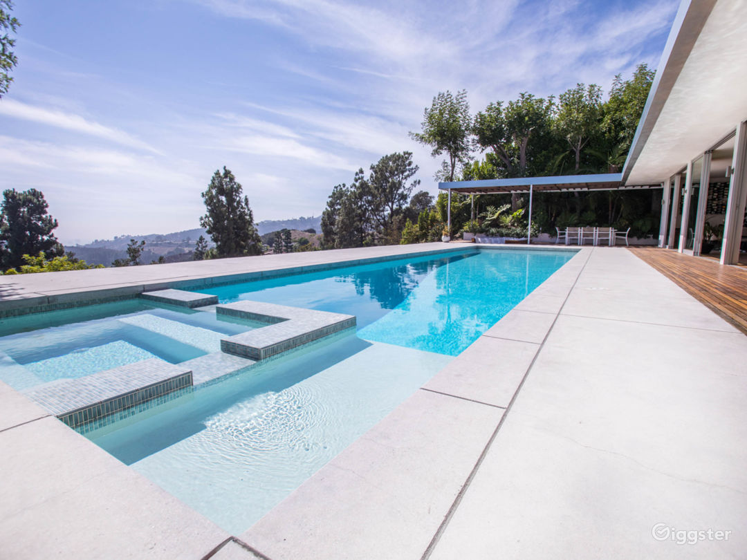 Mid Century House located in the Hollywood Hills  Photo 5