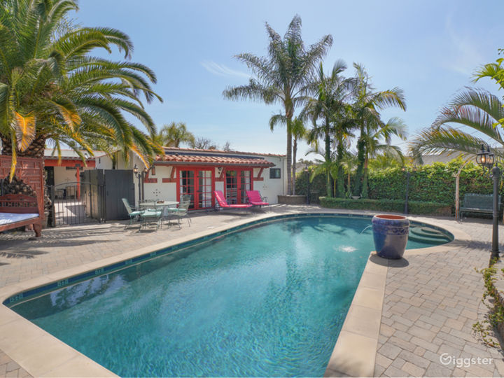 Spanish Pool Oasis Photo 3
