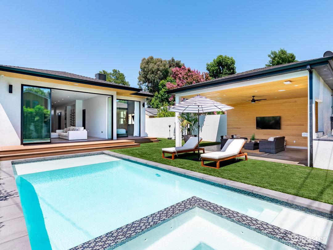 Modern Home Photo 1