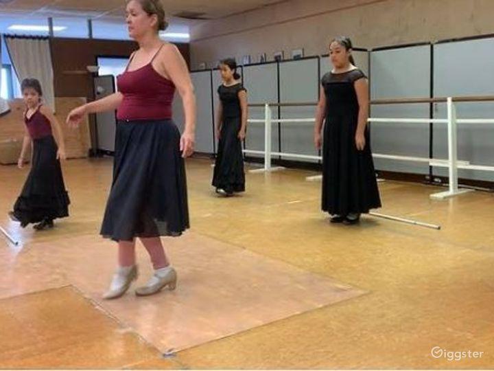 San Antonio's Glamorous Dance Studio A  Photo 4