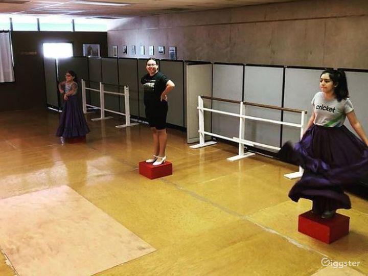 San Antonio's Glamorous Dance Studio A  Photo 5