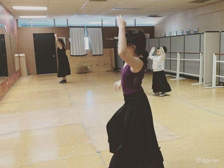 San Antonio's Glamorous Dance Studio A  Photo 3