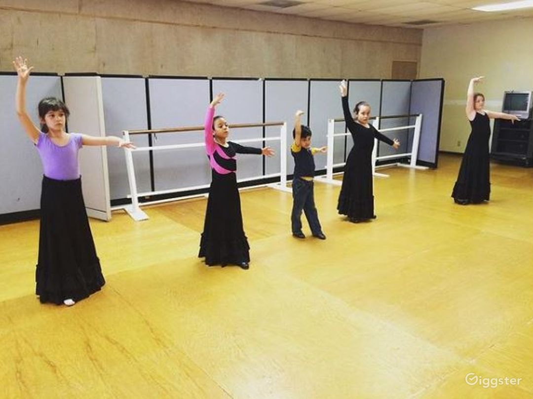 San Antonio's Glamorous Dance Studio A  Photo 1