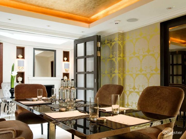 Intimate Dining Space with Natural Daylight for up to 8 people in London Photo 5