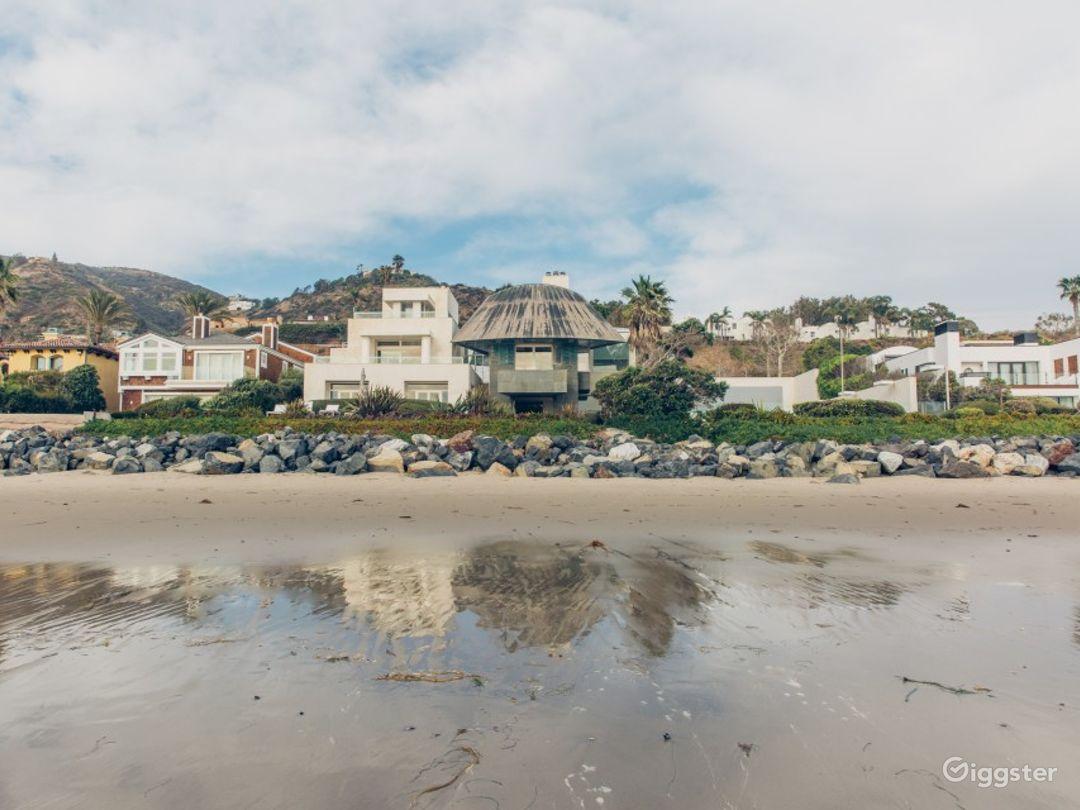 Gehry Beach House Photo 1
