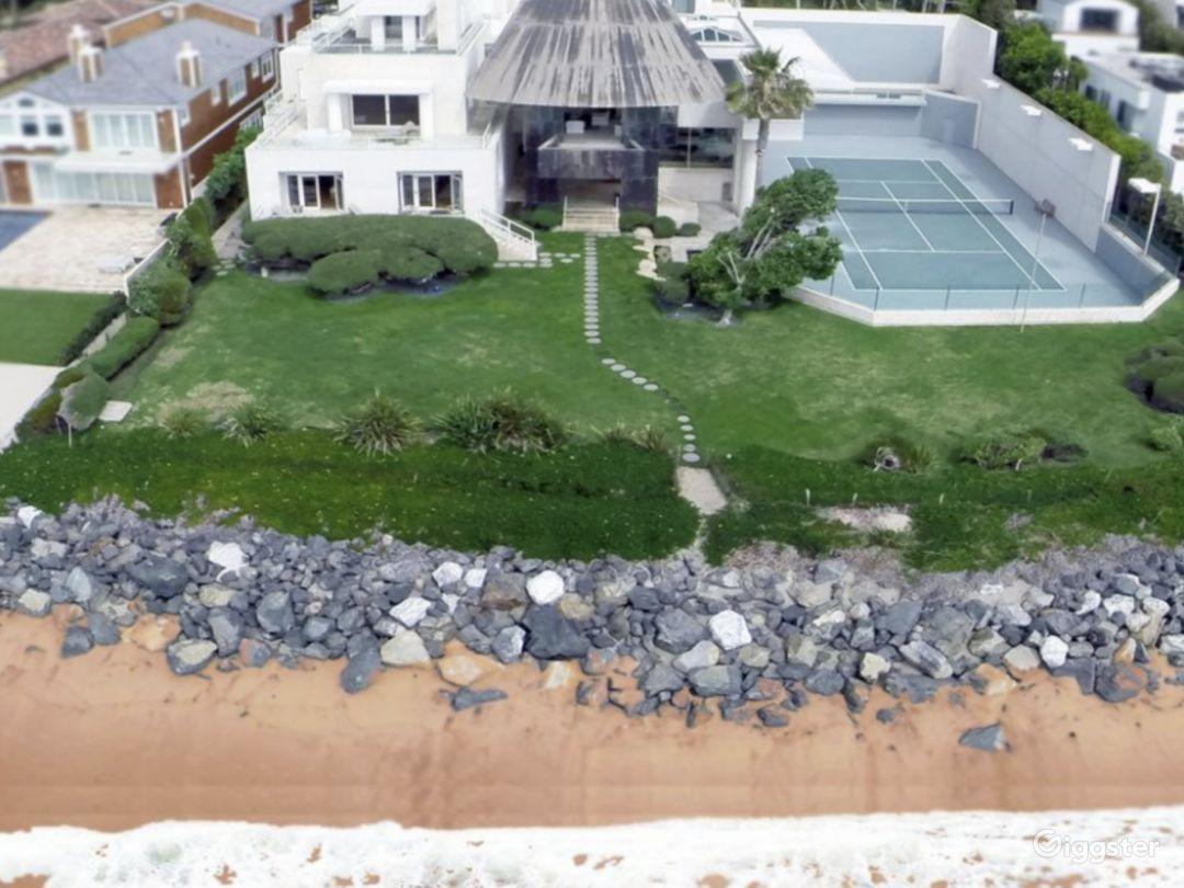 Gehry Beach House Photo 2