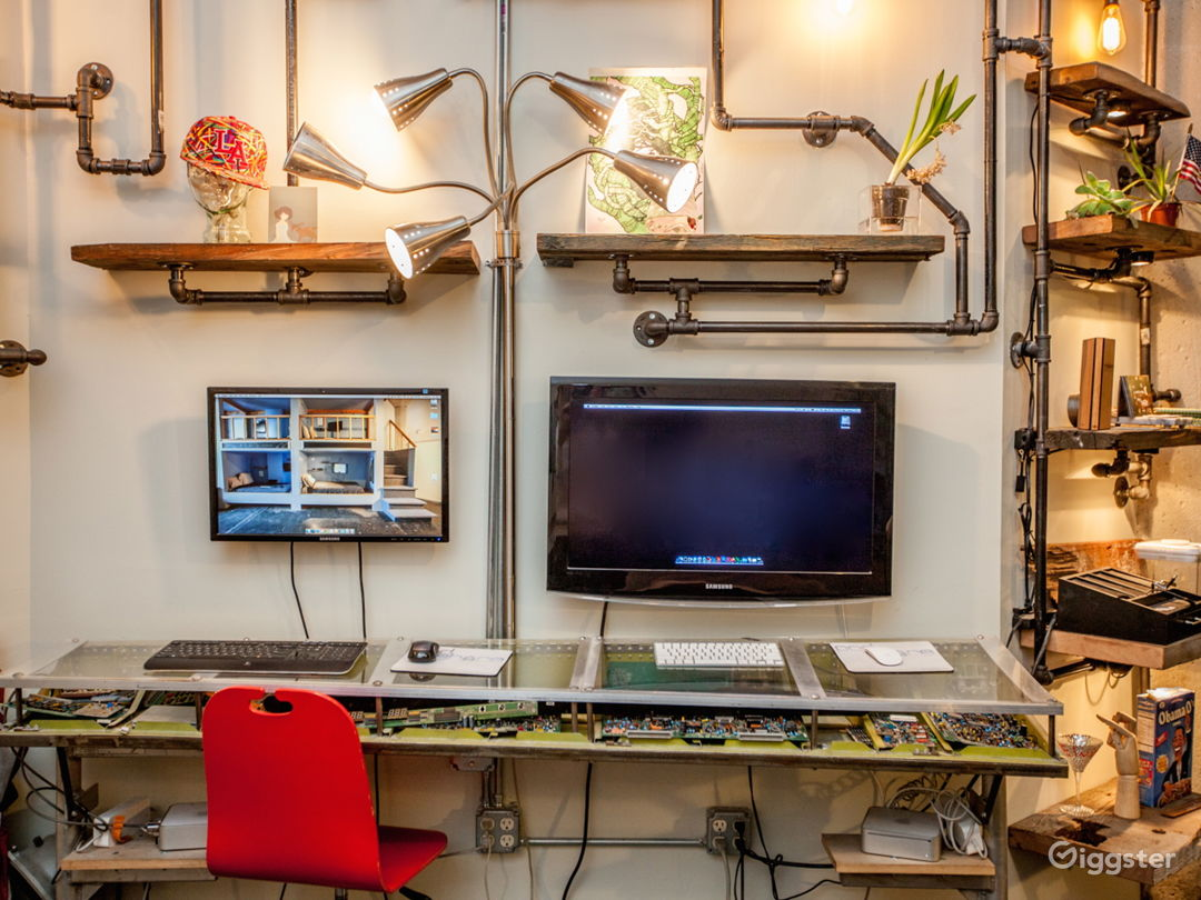 Cool & Crafty Startup Office With Sleeping Pods Photo 2