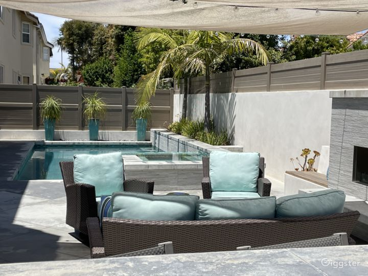 Open, bright, So Cal home with pool. Photo 5