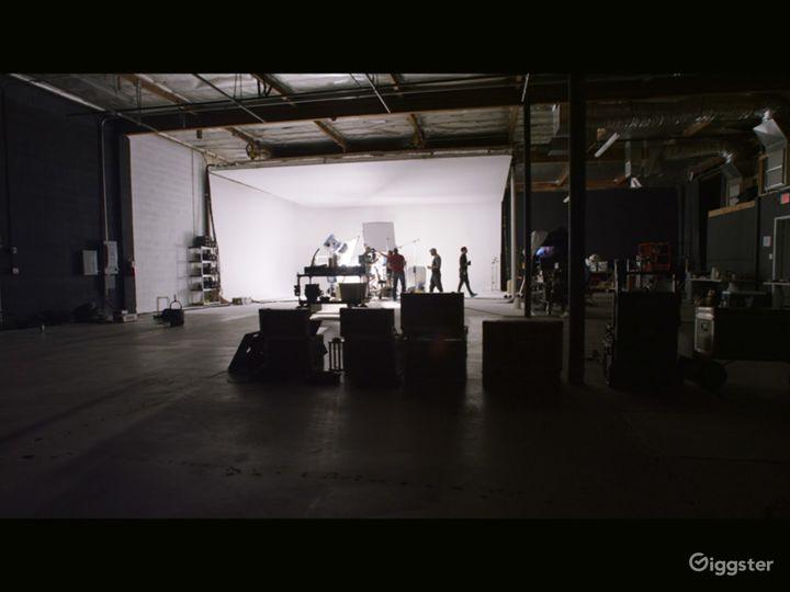 N. Hollywood Studio Amazing TopBox Light Cyc Photo 4