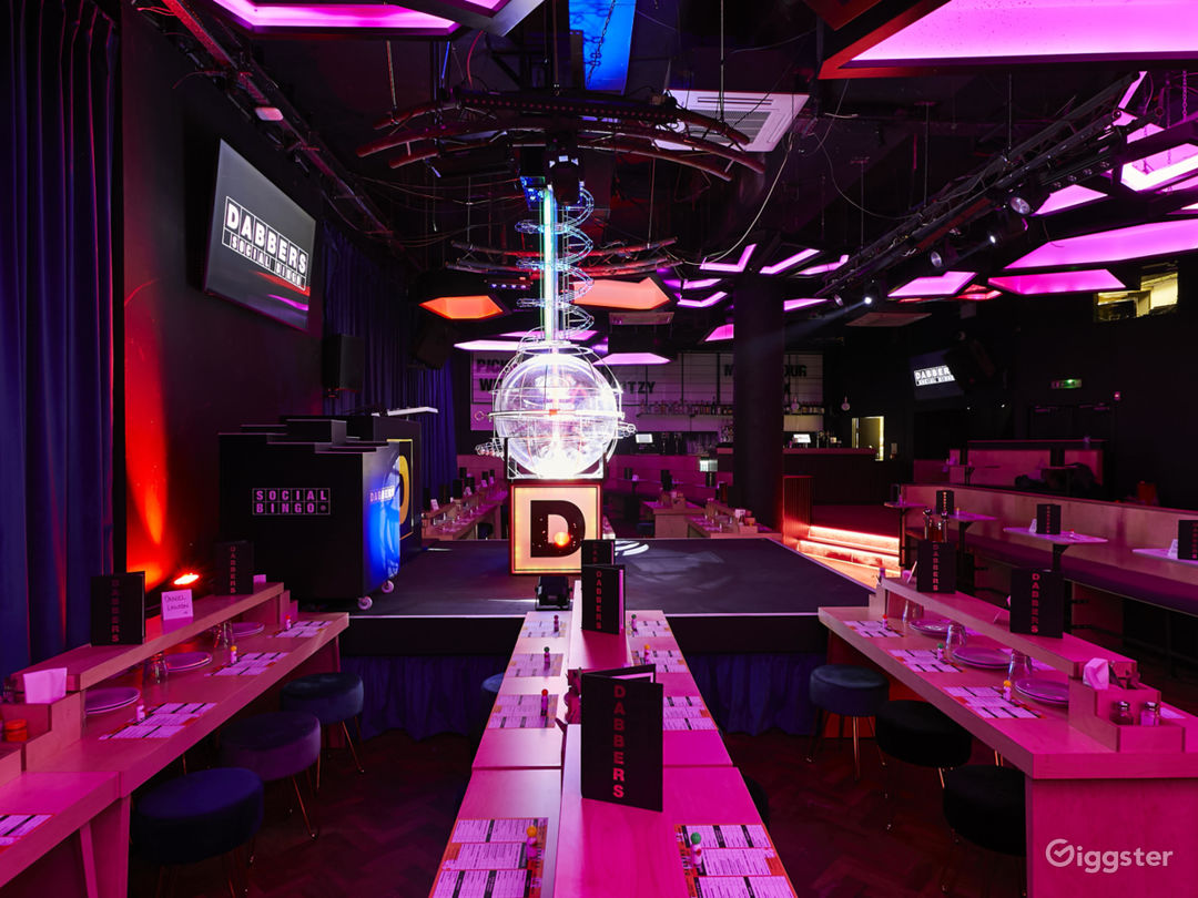 Modern Bingo Hall in London  Photo 1