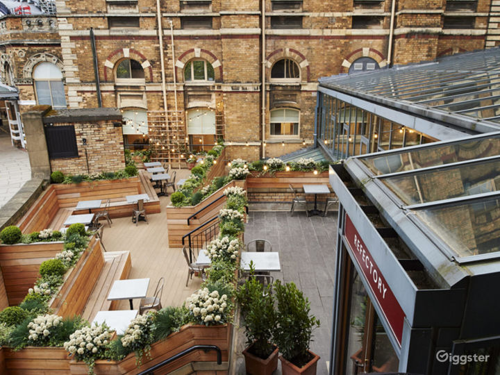 Premiere Kitchen & Terrace in York Photo 5