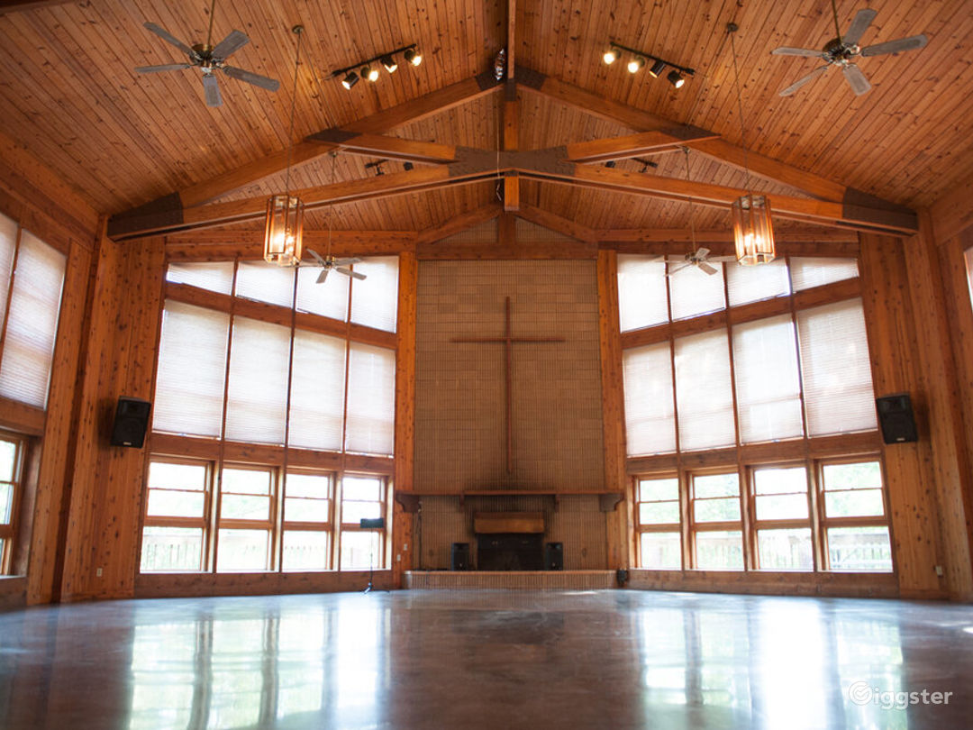The Heart Hurt Lodge Photo 1