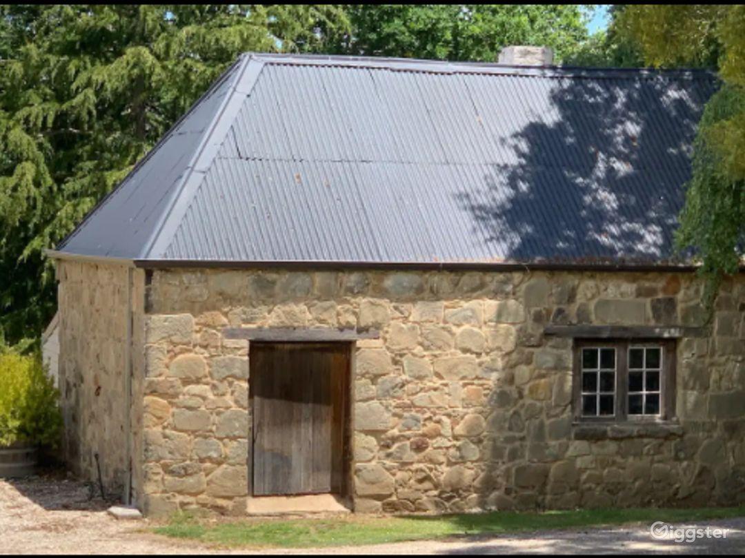 Blacksmiths Cottage in Conara Photo 1