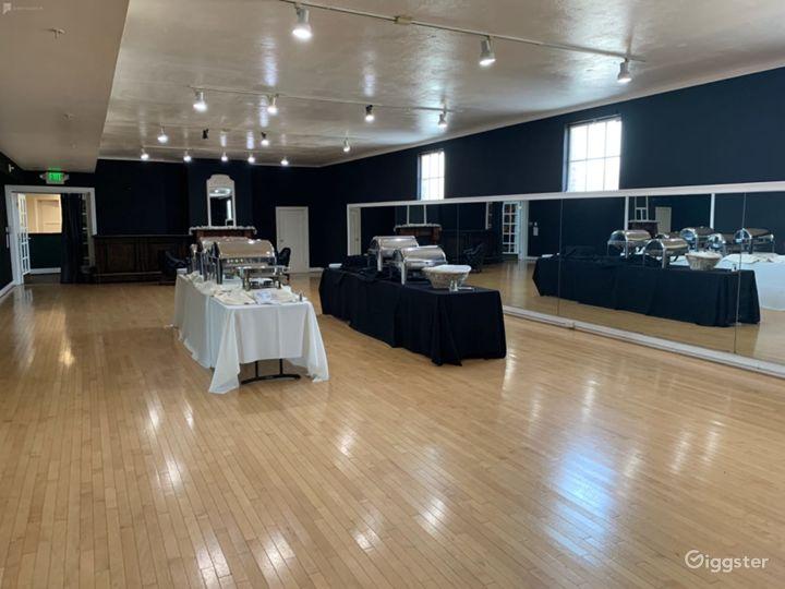 Large Studio with Elegant Charm Photo 2