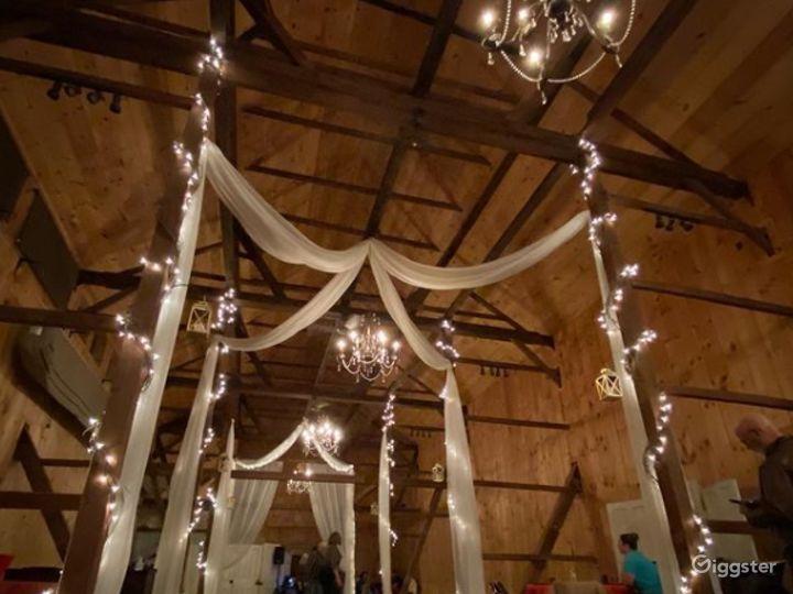 Historic Indoor Barn Venue Photo 2