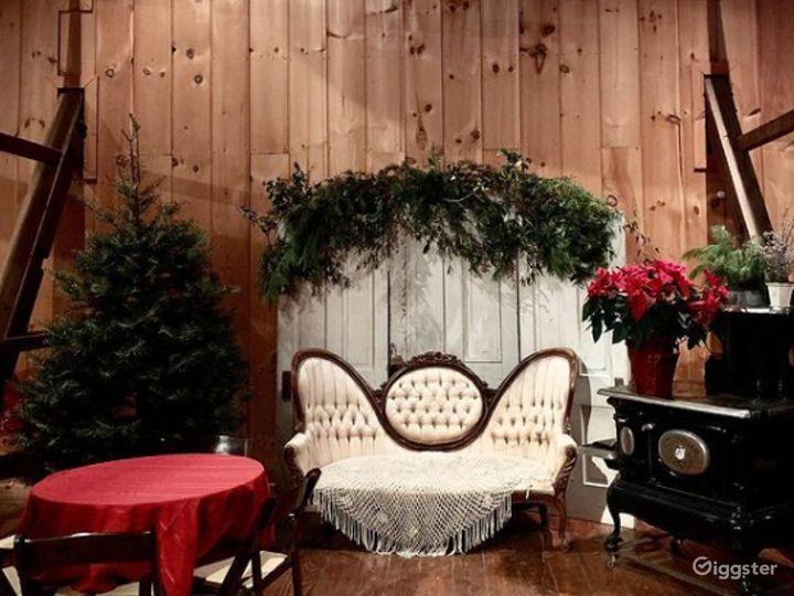 Historic Indoor Barn Venue Photo 5