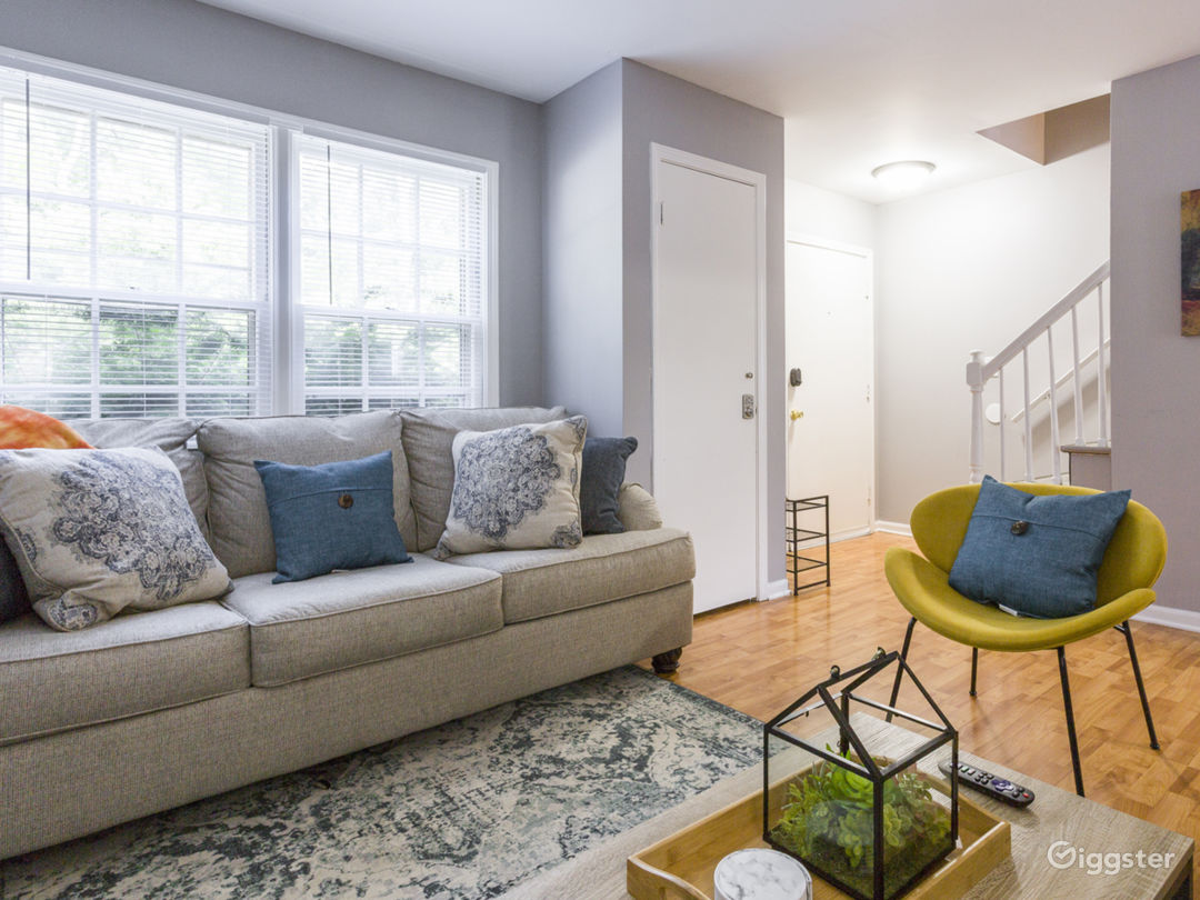 Cozy Townhome steps away from Fox River Photo 1