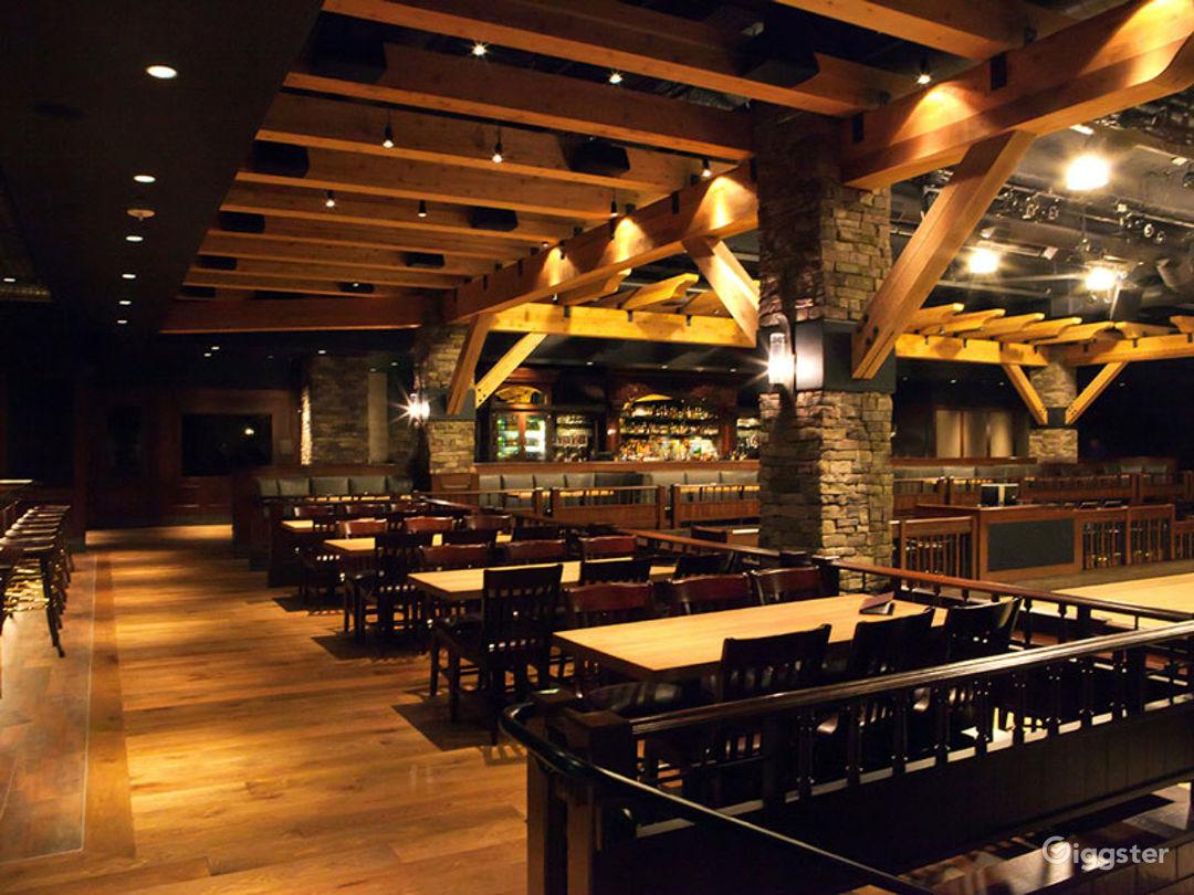 Fantastic Saloon Room in Anaheim Photo 1