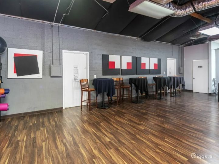 Spacious Open Room For Meetings