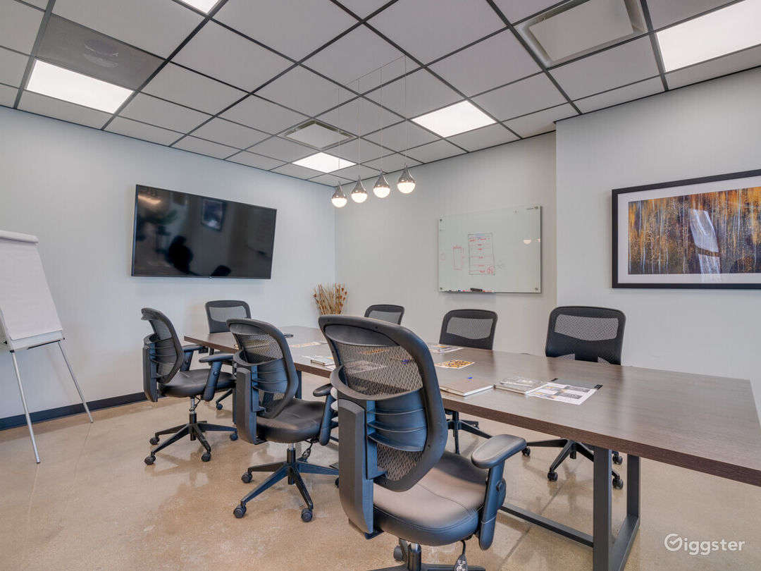 Conference Room in Lincolnwood Photo 1