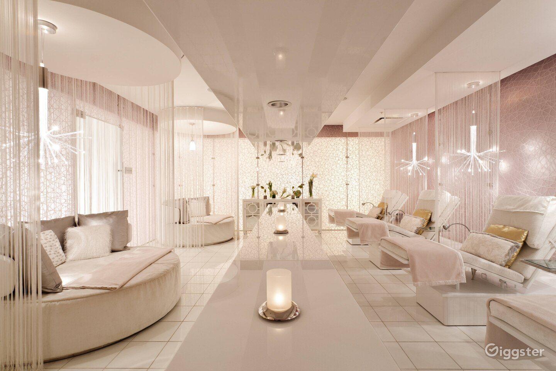 Relaxing Hotel Spa in LA Photo 1