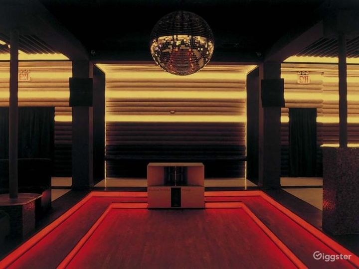 Night club and event space: Location 4223 Photo 2
