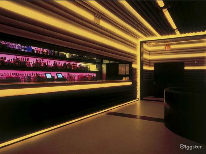 Night club and event space: Location 4223 Photo 4