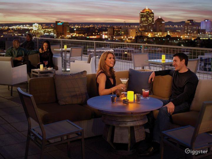 Enchanting Indoor/outdoor Lounge in Albuquerque Photo 3