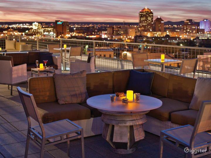 Enchanting Indoor/outdoor Lounge in Albuquerque Photo 2