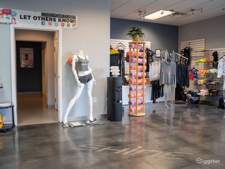 Well Equipped Fitness Studio in Las Vegas Photo 3