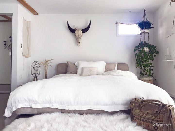 Modern Bohemian Loft with Caravana lounge Photo 4