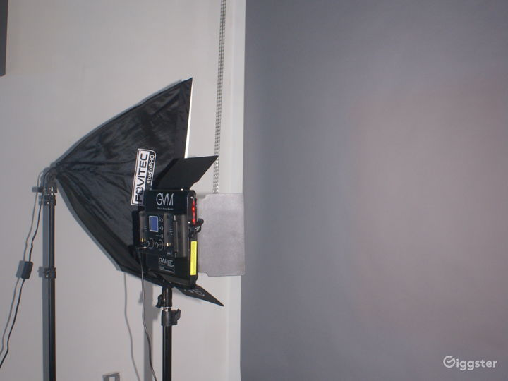 24-hour Multi-Purpose Photography Studio  Photo 5