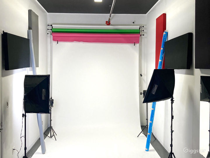 24-hour Multi-Purpose Photography Studio  Photo 3